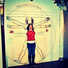 Picture @resiyus  the vitruvian man, this is how #davinci measure human body accurately #davincicode #danbrown #vitruvianman #maddamtussaud #nederland #hollandpass #mirror