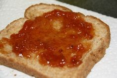 Homemade loquat jam without pectin - this looks like the easiest jam recipe I've found. Made this RIGHT NOW CST) - it is delish! Loquat Recipes, Jam Recipes, Cooking Recipes, Easy Jam Recipe, Delicious Desserts, Yummy Food, Jam And Jelly, Moca, Preserving Food