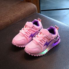 new product a88a2 b335a New Cool 2017 Shinning LED casual baby glowing shoe shot sales fashion  lighted cute boys girls sneakers fashion kids shoes