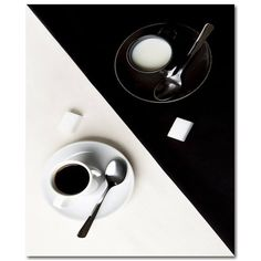 yin et yang café Black And White Coffee, Black N White, Black White Photos, Black And White Photography, Black Gems, Yin Yang, Black And White Aesthetic, Belle Photo, Just In Case