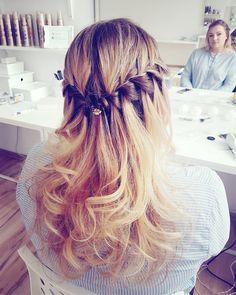Hello IP  have a nice day!  #waterfall #braid #girl #blonde #mirror #hairphoto #hairofig #braidideas #hairideas #polishgirl #beauty #beautiful #hair #longhairdontcare #dziewczyna  #wlosy #blondynka #fryzura #warkocz #inspiracja #wlustrze #foto #picture #pic #hotd #potd