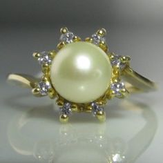 Solitaire Pearl And Diamond Ring Pearl And Diamond Ring, Diamond Solitaire Rings, Pearl Ring, Pearl Jewelry, Diamond Engagement Rings, Jewelry Rings, Jewellery, Vintage Diamond, Vintage Rings