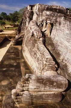 Big Buddhas Mount Rushmore, Mountains, Nature, Stuff To Buy, Travel, Naturaleza, Voyage, Trips, Traveling