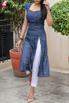 Printed Navy Bue Denim Front Slit Kurti with White Cotton Silk Pants - Printed Navy Bue Denim Front Slit Kurti with White Cotton Silk Pants Source by colorauction - Salwar Designs, Silk Kurti Designs, Kurta Designs Women, Kurti Designs Party Wear, Kurti Back Designs, Latest Kurti Designs, Plain Kurti Designs, Kurti Sleeves Design, Sleeves Designs For Dresses