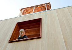 Cabane enfant: idée originale pour les jeux en plein air en été!
