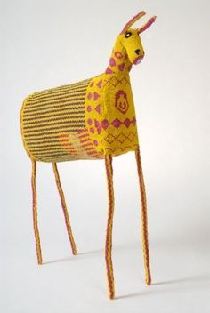 Beaded African animal from Monkeybiz. South African, generally multidrop peyote stitch over a wire armature.