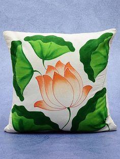 Dress Painting, Fabric Painting, Fabric Art, Lotus Painting, Saree Painting Designs, Fabric Paint Designs, Hand Painted Sarees, Hand Painted Fabric, Fabric Paint Shirt