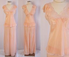 ea7e40bda68 1920s Pajamas ~ Palest Peach Silk w Alencon Lace   Wide Palazzo Pants ~  Flutter Sleeves ~ Boudoir Lingerie ~ Excellent Condition ~ XS Small