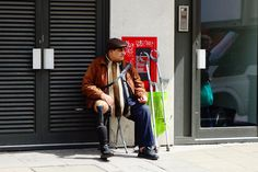https://flic.kr/p/GL2g6v | The art of begging whilst on Disability Living Allowance. | This geezer is a constant fixture on Oxford Street, Fleet Street and now Deptford High Street. He's good at showing off his prothesis to gain sympathy from unsuspecting passer-bys. #shameless #shitBritain