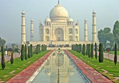 Taj Mahal by Dennis Jarvis