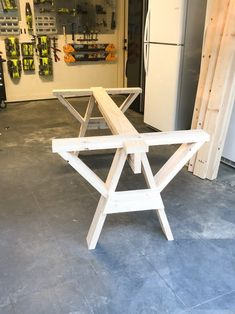 Genuine considered wood furniture diy Try it today Handmade Wood Furniture, Modern Wood Furniture, Outdoor Furniture, Farmhouse Dining Table Set, Modern Dining Table, Furniture Projects, Furniture Design, Diy Furniture Workshop, Furniture Storage
