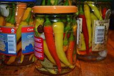 Nakládané beraní rohy - skvělý recept jak uchovat domácí zeleninu na zimu | NejRecept.cz Preserves, Pickles, Cucumber, Chili, Frozen, Food And Drink, Homemade, Menu, Canning