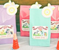 Ideas para fiesta de My Little Pony http://tutusparafiestas.com/ideas-fiesta-my-little-pony/ My Little Pony Party Ideas #FiestadeMyLittlePony #FiestadePonys #IdeasparafiestadeMyLittlePony #MyLittlePony