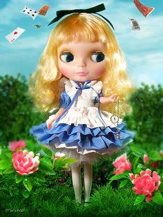 Alice in Wonderland by Minitα, via Flickr