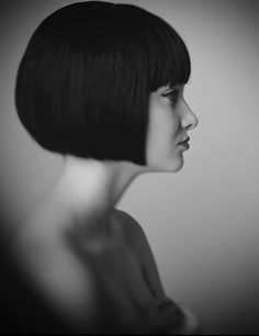 I don't know if I'd ever have the courage to go this short or dark again with my hair, but this is a beautiful look