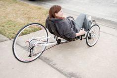 Trotz Gleichgewichtsprobleme auf dem Fahrrad