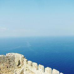 #mediterraneansea #sea #alanyakalesi #alanyacastle #sky #skyandsea #landscape #blue #water #eyeem by _blueberry_flower_