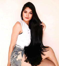 Best of the Long Hair Photos Long Silky Hair, Super Long Hair, Indian Long Hair Braid, Braids For Long Hair, Beautiful Long Hair, Layered Cuts, Hair Photo, Female Images, Girl Hairstyles