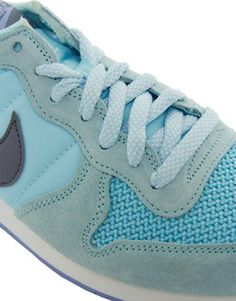 Enlarge Nike Internationalist Blue Trainers