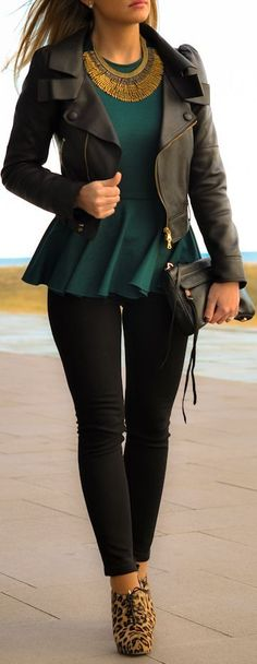 Love this look. The emerald green and cheetah print heels look great together. Love the necklace.