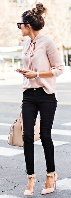 Pink Blouse + Black Skinny Jeans + Blush Pumps. #Fashion #style #Summer #outfits