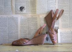 Vintage Cork Wedge Leather Huarches Size 7 $48.00