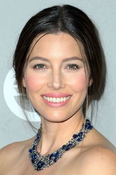Say goodbye to contouring! Jessica Biel wore a minimal-makeup look, but her cheekbones became a focal point thanks to a swirl of vivid pink blush placed high atop them.