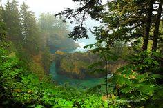 Natural Bridges- North of Brookings, Oregon. Summer Vacations, Mini Vacation, Dream Vacations, California Vacation, Northern California, Amazing Places, Beautiful Places, Brookings Oregon, Natural Bridge