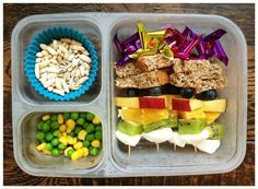 easy (mostly vegetarian) kid lunches