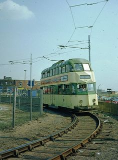 Blackpool Corporation tram 724 on the Starr Gate loop, 1976
