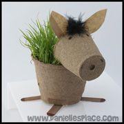 Horse Craft - Peat Pot Horse Planter Craft from www.daniellespalce.com