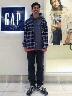ネルシャツ (Gap/Color:ブルー/¥7,900/ID:111361/着用サイズ:L) パーカー (ザ ノースフェイス パープルレーベル) Tシャツ (パタゴニア) シューズ (ニューバランス)  ■Gapストア リバーウォーク北九州店 http://mobile.gap.co.jp/stores/sp/store.php?shopId=37193919 ■オンラインストアはこちら http://www.gap.co.jp/browse/division.do?cid=5063