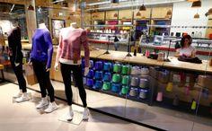 L'idea di Adidas: far progettare i maglioni ai clienti, e cucirli in negozio in 4 ore