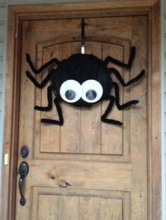 Spider Deco Mesh Googly Eyes Furry Legs Wreath #BayouBurlapandBling