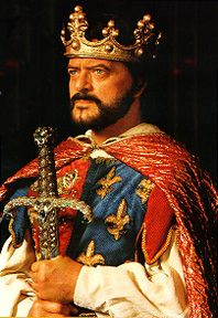 Robert Goulet in Camelot. I got to see him play King Arthur in Las Vegas. I was as taken with him then as I was the first time I saw him on stage in Lake Tahoe. Robert Goulet, Hollywood Costume, I Am The One, Gone With The Wind, King Arthur, Long Time Ago, Cleopatra, Lake Tahoe, Middle Ages