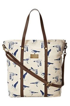 21 Totes Perfect Everyday Bags #refinery29  http://www.refinery29.com/65439#slide-13