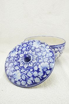 Hand Painted Quartz Powder Bowl #Bluepottery #bowl #tabletop #tableware #dining #handicrafts #handmade #wowtrendy