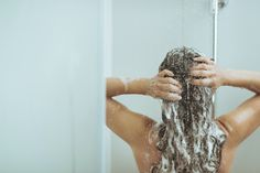 When's the Best Time to Shower: Morning or Night?