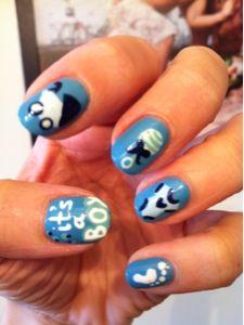 """It's a boy"" nails!"