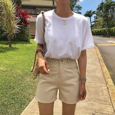 Korean Fashion Tips .Korean Fashion Tips Tomboy Fashion, Look Fashion, Korean Fashion, Fashion Outfits, Fashion Trends, Men Fashion, Zara Fashion, Classy Fashion, Fashion 2020
