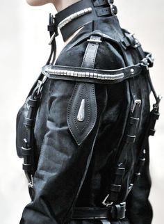 Futuristic fashion. The Black 01.