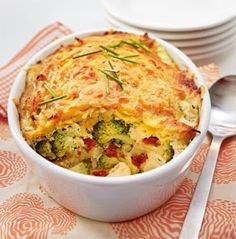 The recipe for vegetable casserole under the Röstihaube and other free recipes on LECKER.de Source b Delicious Vegan Recipes, Vegetarian Recipes, Cooking Recipes, Yummy Food, Healthy Recipes, Free Recipes, Food L, Food Porn, Veg Dishes