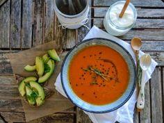 Τοματόσουπα με γιαούρτι