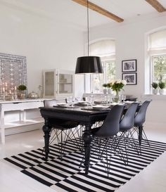 Just love the suspended chair! The post Dreamy Danish farm with modern details appeared first on Daily Dream Decor. Black Dining Room Table, Dining Decor, Dining Table, White Interior Design, Interior Design Inspiration, Interior Styling, Inspiration Boards, Gravity Home, Piece A Vivre