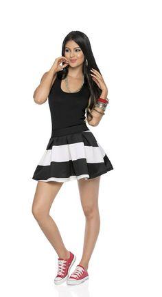 Vestido atlético con falda en prenses | CARMEL - Ropa por catálogo para mujeres y teens