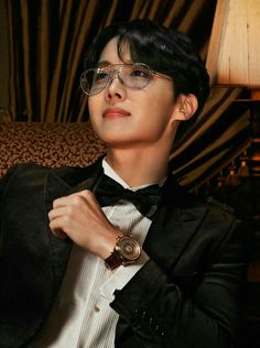 7 or so Imagines created with BTS Rapper and Lead dancer in mind (Lon… Namjoon, Taehyung, Jhope Bts, Bts Bangtan Boy, Bts Boys, Gwangju, Jung Hoseok, J Hope Selca, Bts J Hope