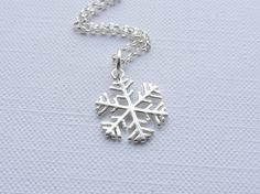 Sterling Silver Snowflake Necklace £15.00