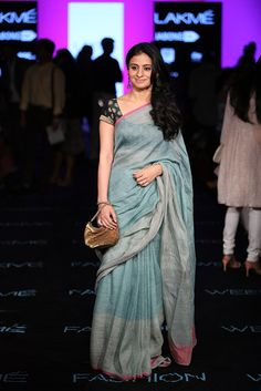 Trending Saree look of the Celebrities Ethnic Fashion, Indian Fashion, Indian Dresses, Indian Outfits, Moda Indiana, Formal Saree, Simple Sarees, Indian Attire, Indian Wear