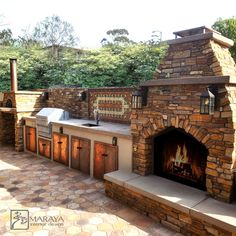 Spanish Mansion, Spanish House, Interior Stylist, Interior Design, Rustic Outdoor Fireplaces, Spanish Revival Home, Pizza Oven Outdoor, Mountain Homes, Hospitality Design