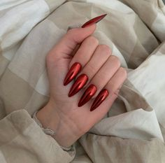 Thinking of getting some red nail designs this valentine's day? Find some inspiration from smashing red nail designs. Vintage Nails, Vintage Makeup, Nail Swag, Red Nail Designs, Paws And Claws, Nails Magazine, Nail Inspo, Red Nails, Nails On Fleek